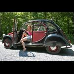 Sakuras new car, cranking in black flats - VidoEmo